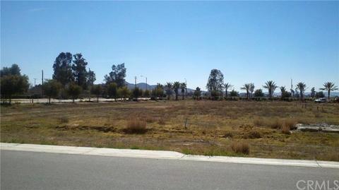 10 Illinois Ave, Perris, CA