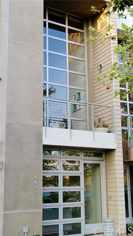 143 E City Place Drive, Santa Ana, CA 92705