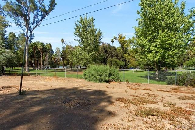 3117 And 3111 Redwood Dr, Riverside, CA 92501