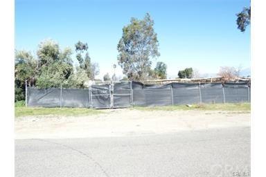 21450 Orange Avenue, Perris, CA 92570
