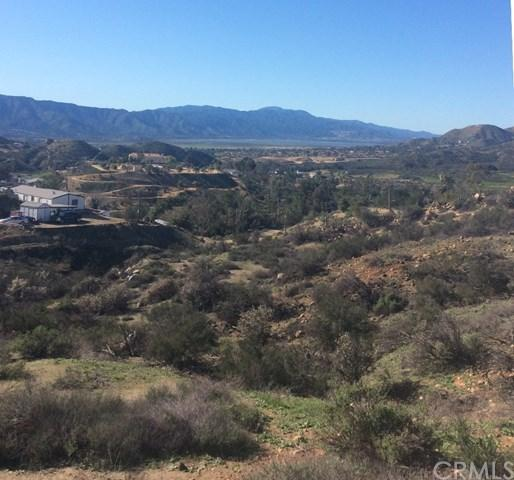 24030 Oak Circle Dr, Wildomar, CA 92595