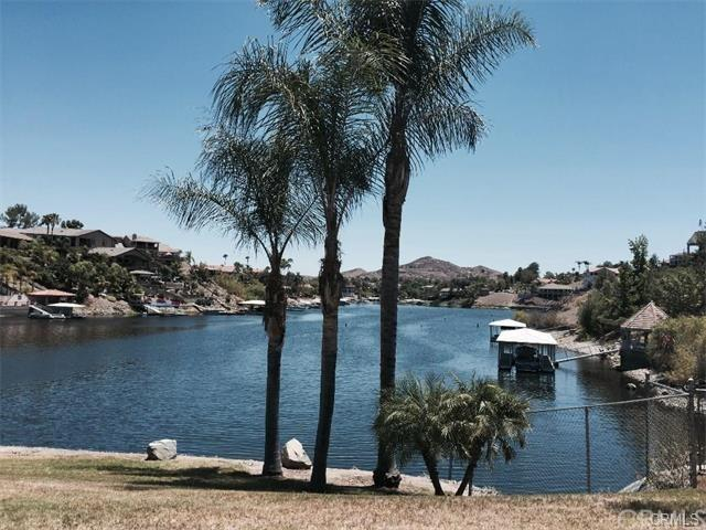 22610 canyon lake dr n canyon lake ca 4 photos mls for Canyon lake fishing ca