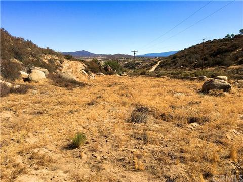882 Forest Springs Rd, Aguanga, CA 92536