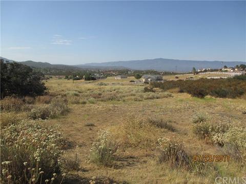 737 Rolling Hills Dr, Aguanga, CA 92536