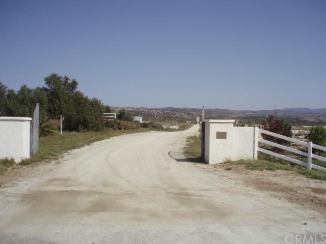 41180 Jojoba Hills Circle, Aguanga, CA 92536
