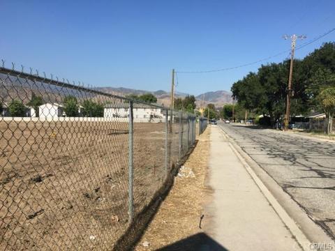 746 W 44st St, San Bernardino, CA 92407