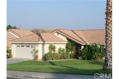 2246 Crescent Cir, Colton CA 92324
