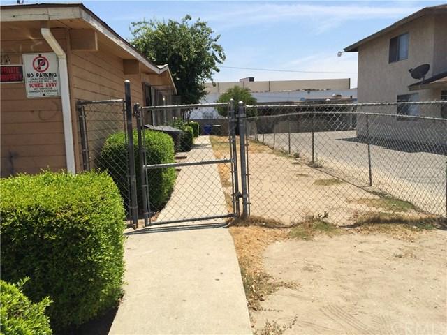 1182 E Pasadena Street, Pomona, CA 91767