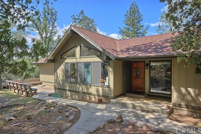 40528 Jean Rd, Oakhurst, CA