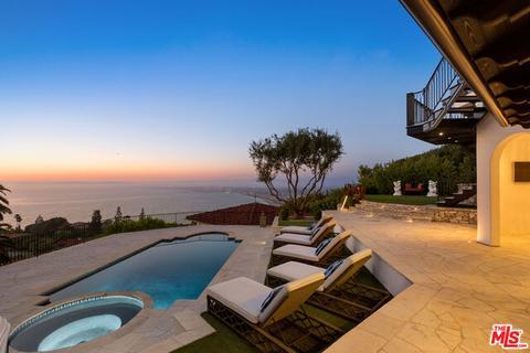 824 Via Del Monte Palos Verdes Estates Ca 90274 Mls 20 608832 Movoto Com