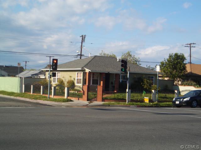 2419 W Alondra Blvd, Compton, CA