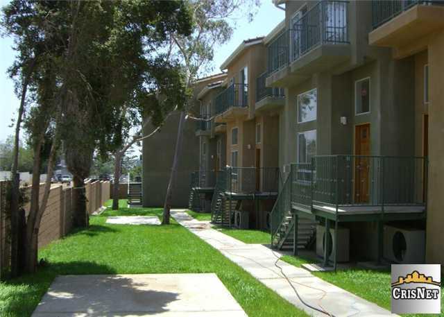 12368 Osborne St #APT 15, Pacoima, CA