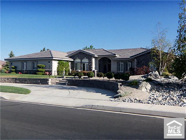 19154 Elkhorn Rd, Apple Valley, CA 92308