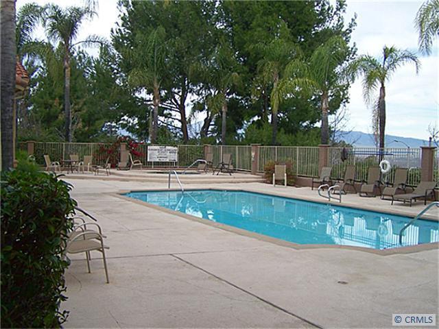 2550 San Gabriel Way 101, Corona CA 92882