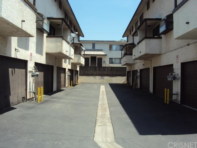 13901 Sayre St #APT 3, Sylmar, CA