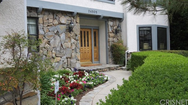 24505 Peachland Ave, Newhall, CA