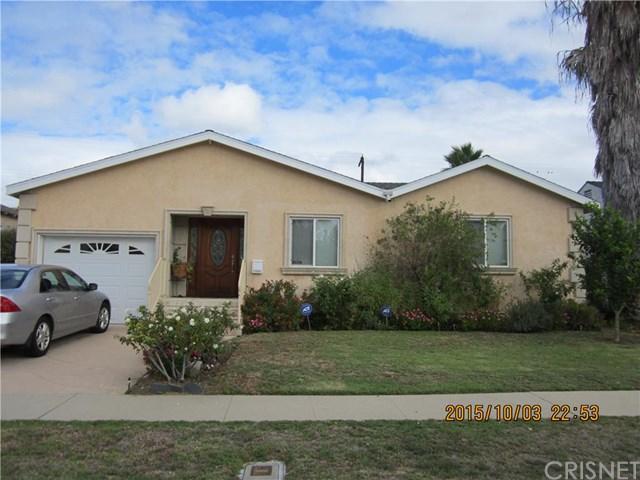 17931 Collins St, Encino, CA