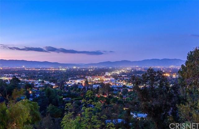 3961 Oakfield Dr, Sherman Oaks, CA