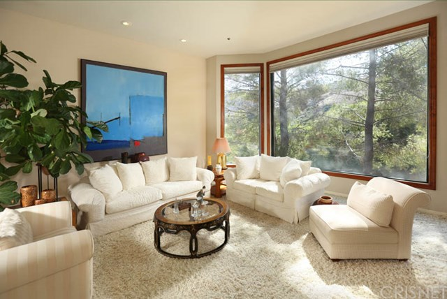 255 Bell Canyon Rd, West Hills, CA