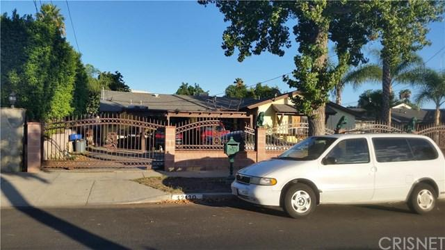 12130 Buckeye Ave, Sylmar, CA 91342