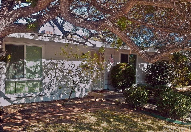 15321 Lemarsh St, Mission Hills, CA