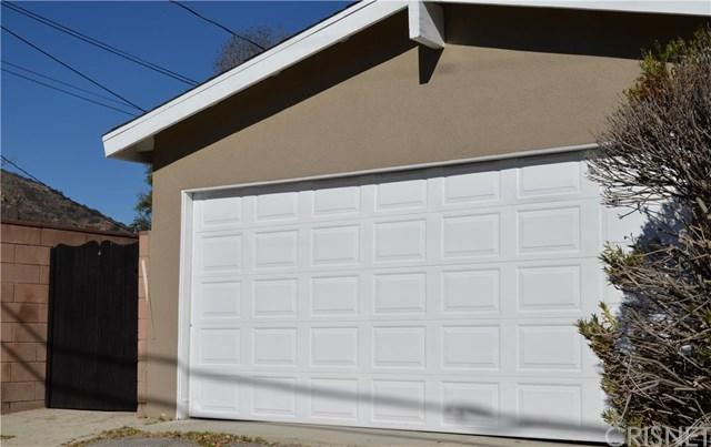24360 Vanowen St, West Hills, CA
