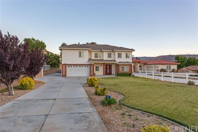 4752 Columbia Way, Lancaster, CA