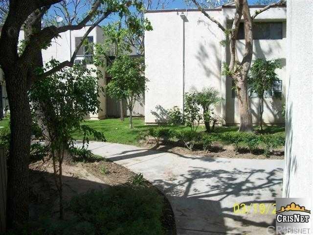 10331 Lindley Ave #APT 215, Porter Ranch, CA