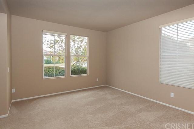 3619 Fairgreen Ln, Palmdale, CA