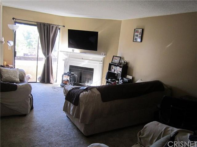 14201 Foothill Blvd #APT 9, Sylmar, CA