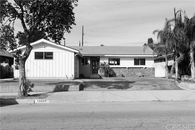 13889 Hubbard St, Sylmar, CA