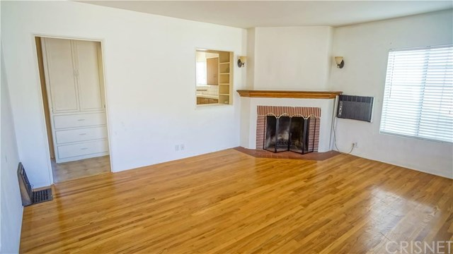 1207 Scott Rd, Burbank, CA