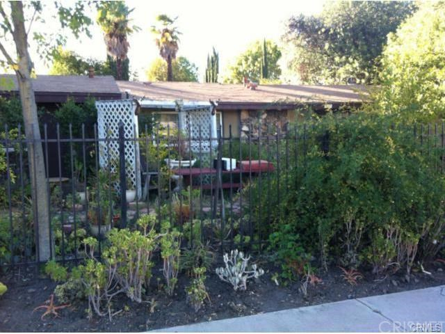 5657 Winnetka Ave, Woodland Hills, CA