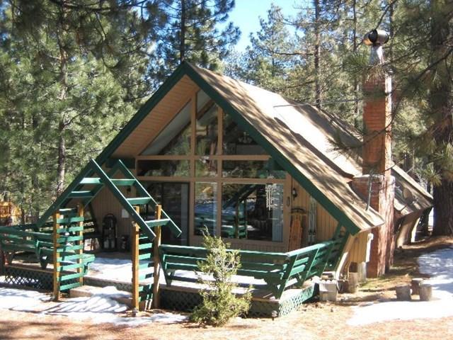 2208 Symonds Dr, Pine Mountain Club, CA 93222