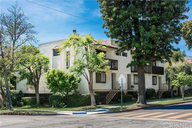 535 E Cedar Ave #APT M, Burbank, CA