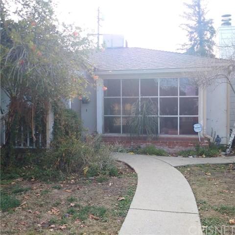 23018 Leonora Dr, Woodland Hills, CA