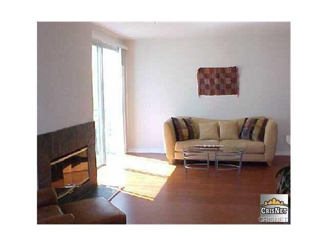 5350 White Oak Avenue #314, Encino, CA 91316