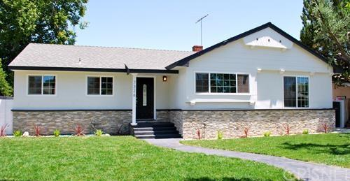 7326 Mason Ave, Winnetka, CA