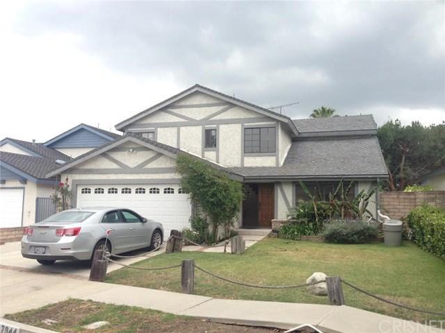 17944 Raymer St, Northridge, CA