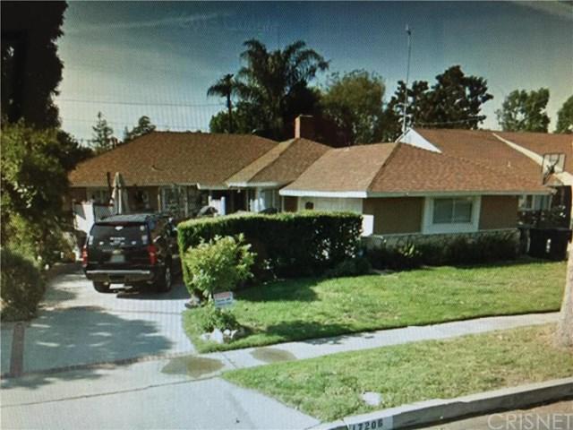 17206 Vose St, Lake Balboa, CA 91406