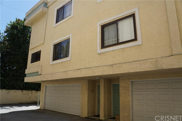 12536 Burbank Boulevard #8, Valley Village, CA 91607