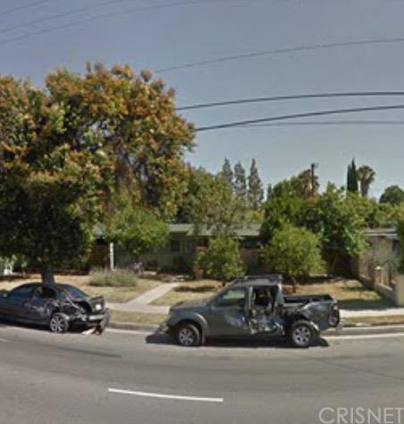 19517 Saticoy St, Reseda, CA 91335