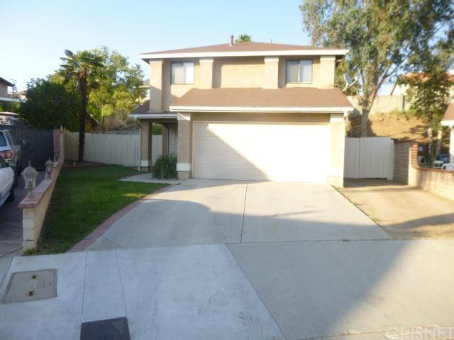 11712 Hunnewell Ave, Sylmar, CA 91342