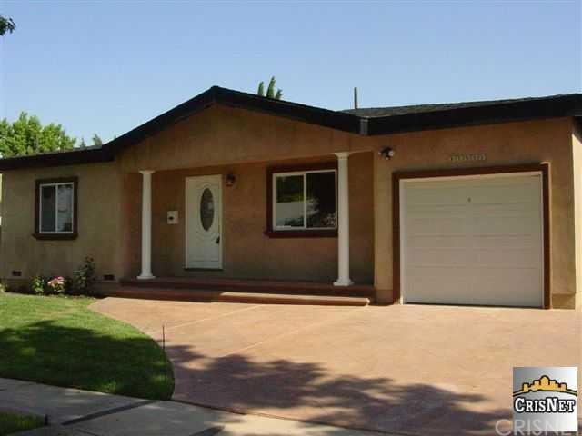 17332 Bullock St, Encino, CA 91316