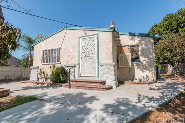 10712 Haddon Ave, Pacoima, CA 91331