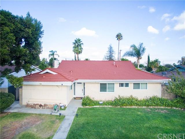 10230 Hayvenhurst Ave, North Hills, CA 91343
