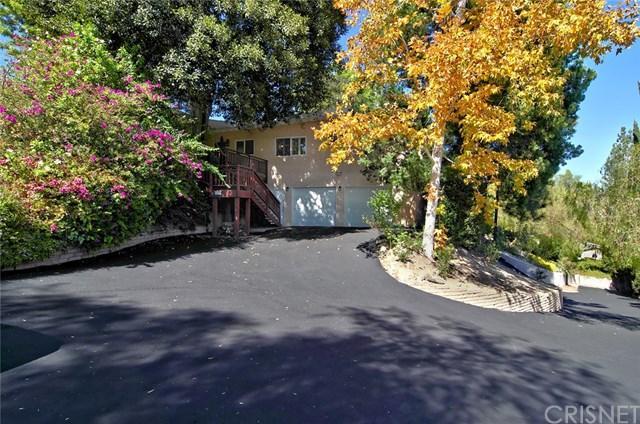 5035 Calderon Rd, Woodland Hills, CA 91364