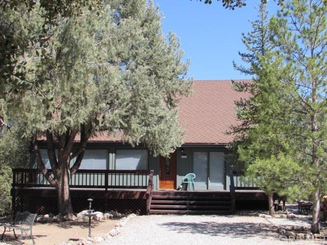 2300 Zermatt Dr, Pine Mountain Club, CA 93222