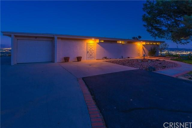 1082 Mesa Dr, Simi Valley, CA 93063