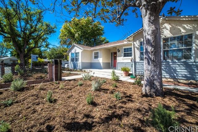 14627 Hiawatha St, Mission Hills, CA 91345